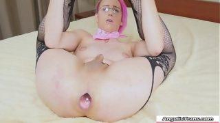 TS hottie FFkitty fucking her pretty ass